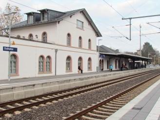 Bahnhof mit Schienen